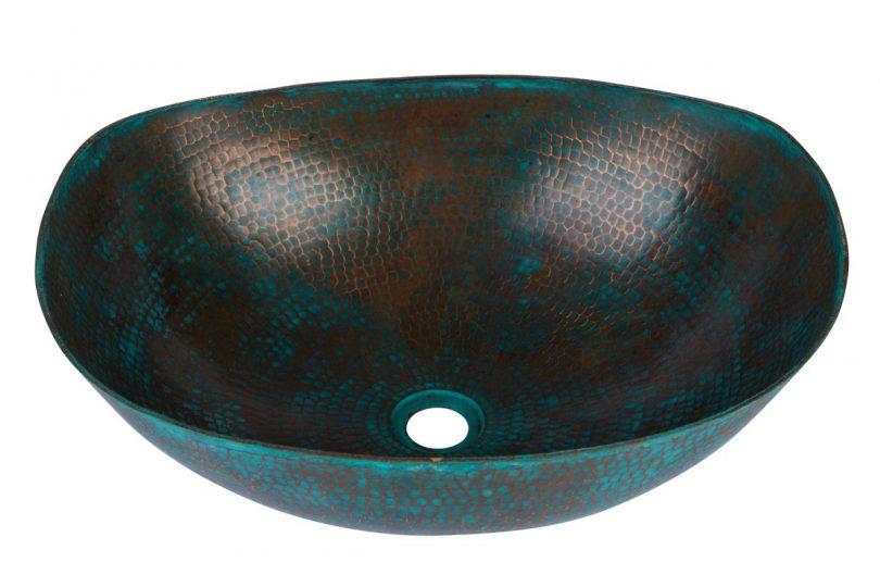 Umywalka nablatowa z kutej miedzi z zieloną patyną grynszpan