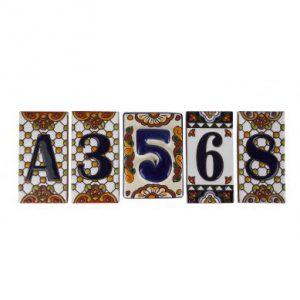 Numer domu na ceramice meksykańskiej